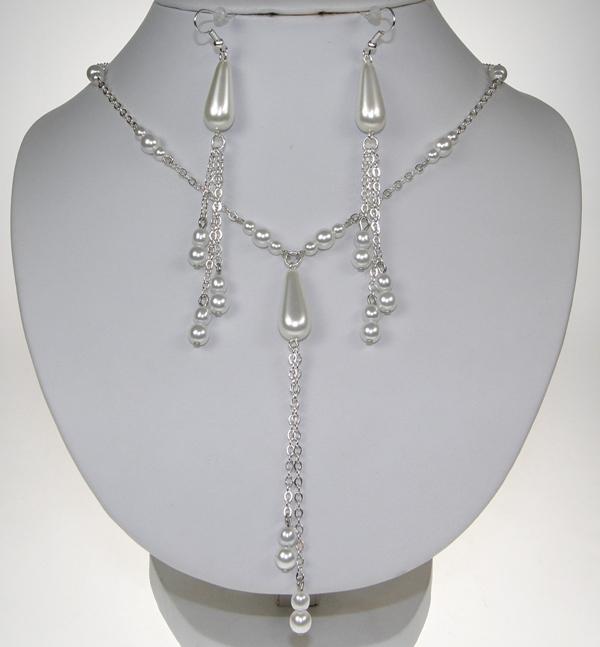 Souprava bižuterie náušnice a náhrdelník perličky