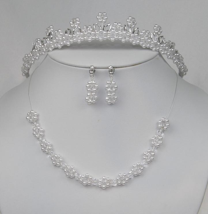 Souprava svatební bižuterie korálky a perličky s korunkou