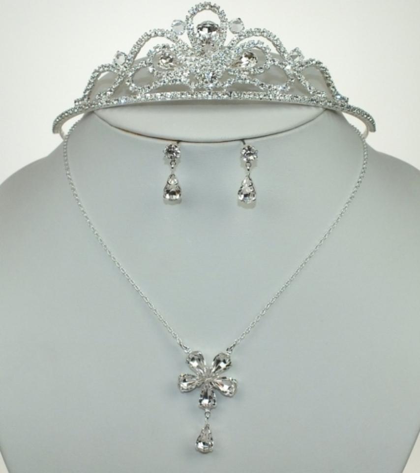 Svatební souprava bižuterie náhrdelník, korunka a náušnice (Svatební souprava bižuterie náhrdelník, korunka a náušnice)
