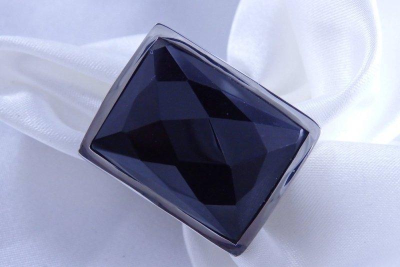 Luxusní masivní prsten černý kámen chirurgická ocel POŠTOVNÉ ZDARMA